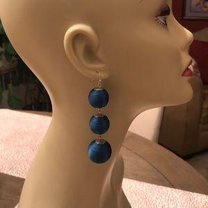 Jewelry - Dangling 3 Tier Fashion Earrings